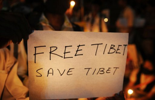 US committee approves bill admonishing China on Tibet