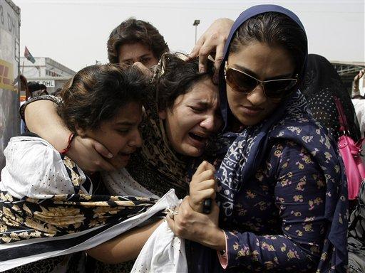 Prominent Pakistani acid victim commits suicide