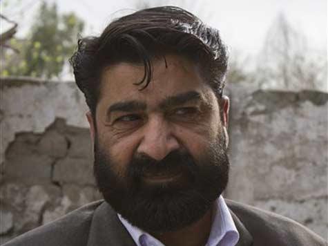 Bin Laden's relatives get short prison sentence