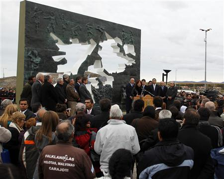 Argentina chides Britain on Falklands war anniversary