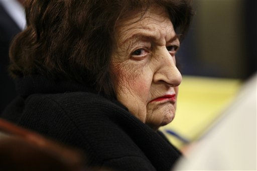 Palestinians honor Helen Thomas for anti-Israel stance