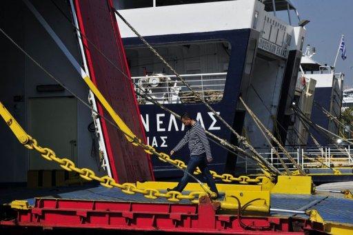 Greek sailors begin two-day strike