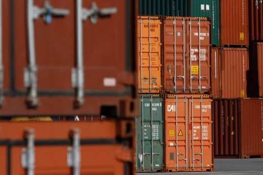 German exports buoyed by demand from outside EU