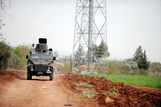 Major powers warn Syria as deadline nears