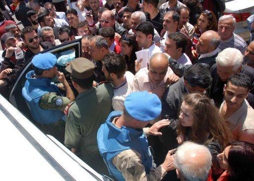 Syria car bomb hits capital amid ceasefire