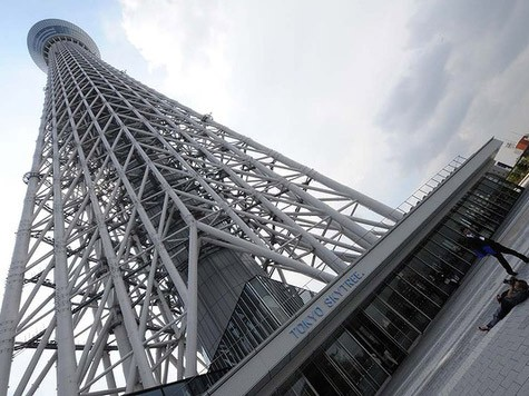 World's tallest tower, the Tokyo Skytree, opens