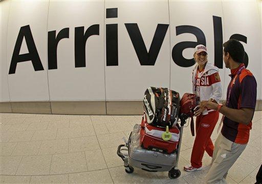 UK border guards to strike on eve of Olympics