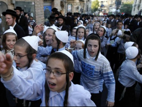 World View: Israeli Arabs and Ultra-Orthodox Jews No Longer Exempted from Draft