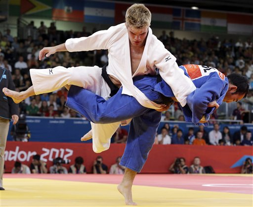 American judo fighter expelled; claims pot brownies to blame