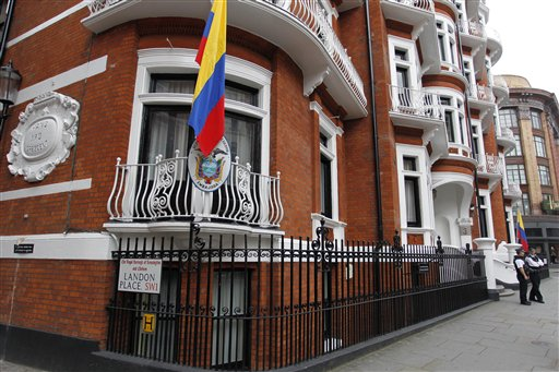 Experts See Little Chance UK Will Seize Assange