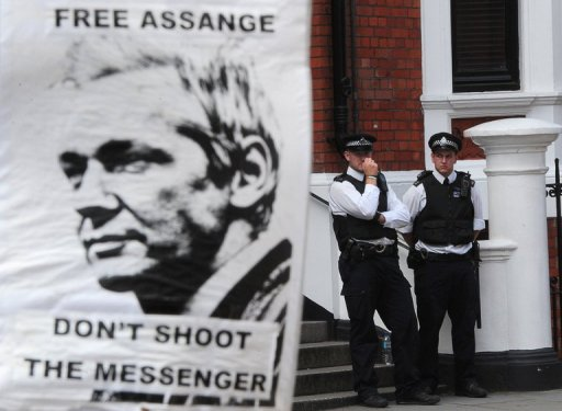 WikiLeaks Urges Sweden to Rule Out Assange US Extradition