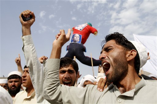 Hundreds of Angry Afghans Protest Anti-Islam Film