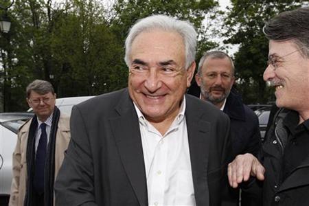 France Drops Rape Investigation into Ex-IMF Head Strauss-Kahn