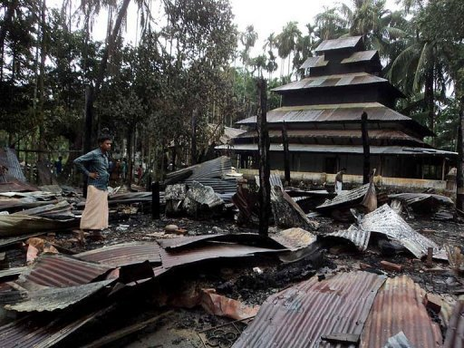 Nearly 300 Held in Bangladesh for Attacks on Buddhists