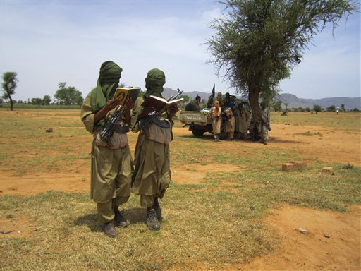 Islamists in Mali Recruit, Pay for Child Soldiers