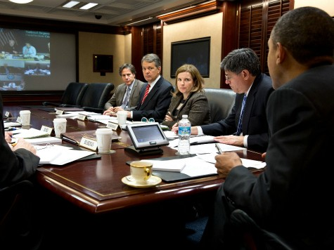 Selective Leadership: White House Releases Photo of Obama Monitoring Sandy