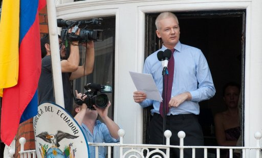Assange: Obama 'Wolf in Sheep's Clothing'