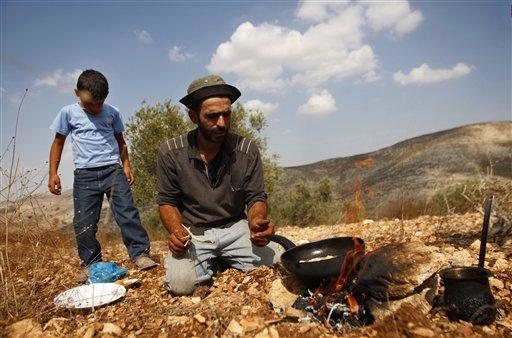 Palestinian Farmers Go Organic