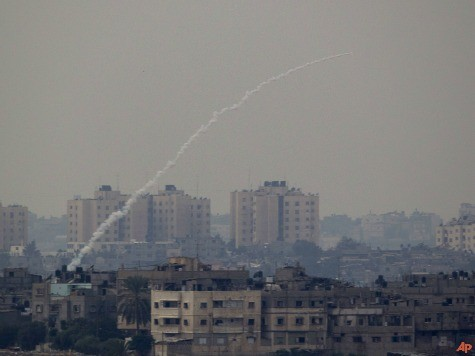 Hamas Violates Cease-Fire; 70% of Israelis Oppose It