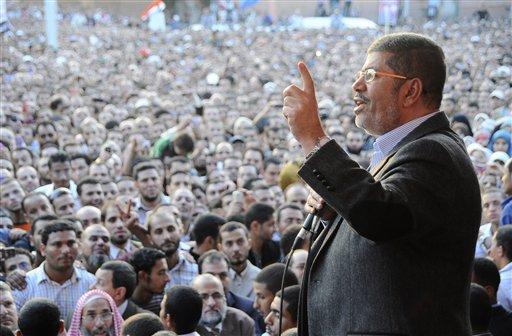 Egypt's Stock Market Tumbles After Morsi's Decree