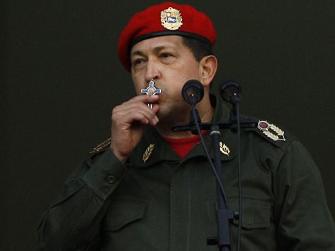 Chavez Withdraws Military Attaches from Paraguay