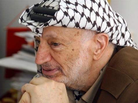 Poll: Majority of Palestinians Believe Israel Poisoned Arafat