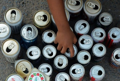 Addicts Paid One Euro An Hour And a Bottle of Beer to Pick Litter