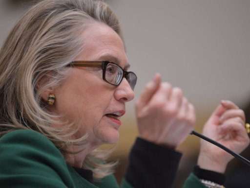 Clinton Vows to Use Social Media to Fight Al-Qaeda