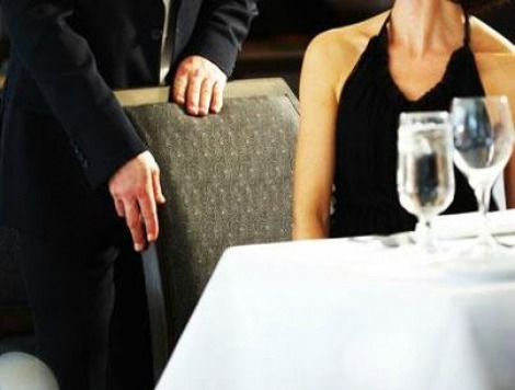 British Women to Men: Stop Acting Like Gentlemen