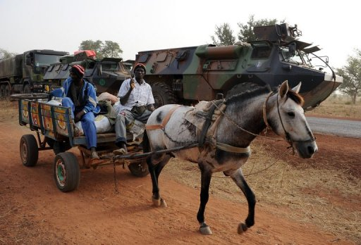 Hollande Visits Mali as French Troops Eye Last Bastion