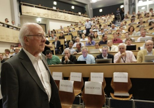 New data 'strongly indicates' particle is Higgs boson