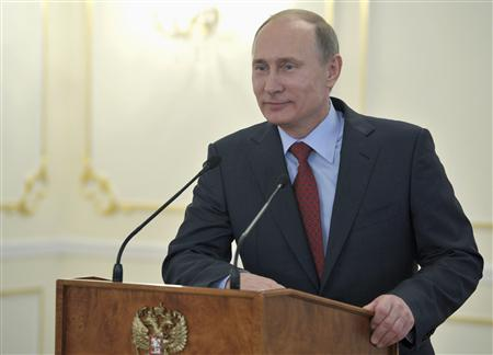 Putin Signs Law to Allow Him to pick Russian Governors