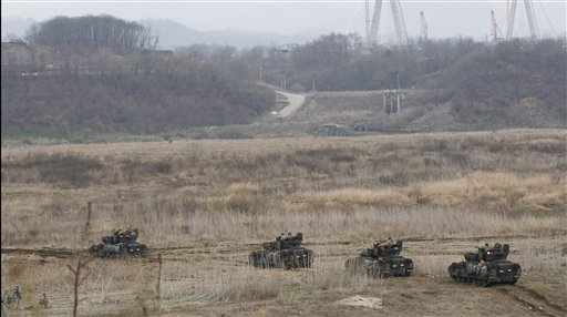 N. Korea Urges Foreigners to Vacate South Korea