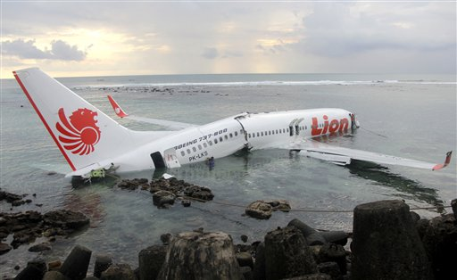 Lion Air Plane Crashes Into Sea in Bali; 22 Hurt