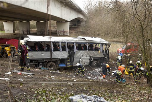 Bus Carrying Russians Crashes in Belgium, Five Dead