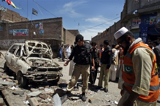 Three Taliban Bombs Target Pakistani Politicians