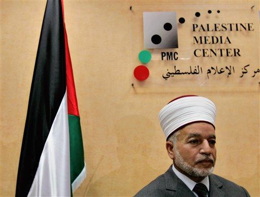 Israel Police Detain Top Palestinian Muslim Cleric