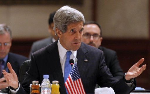 Kerry Back in Israel for Peace Push