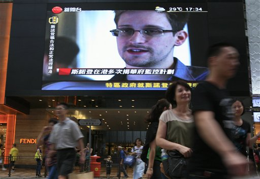 NSA Leaker Snowden Expected to Fly to Cuba
