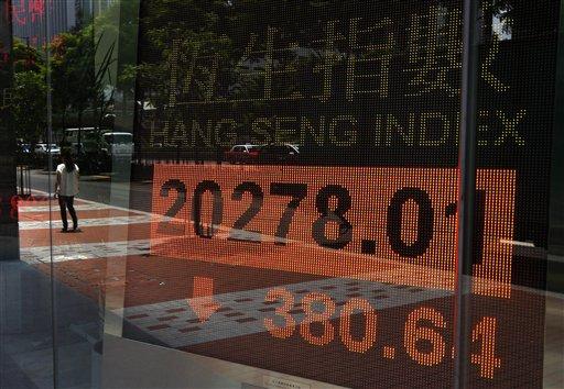 Global Stocks Slide as Oil Jumps on Egypt Crisis