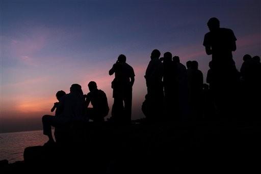 Many Muslims Start Ramadan Fast Amid Turmoil