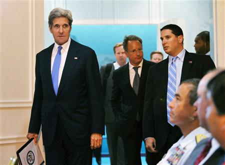 Kerry says Israel, Palestinians lay groundwork for peace talks