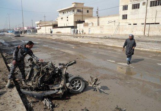 Bomb in Iraq Sunni Mosque Kills 20