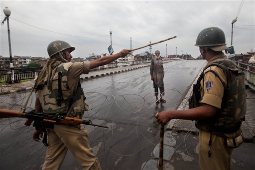 7 Injured in Fresh Clashes in Indian Kashmir