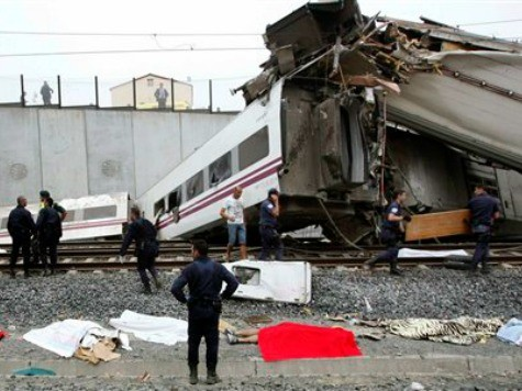 Spain Passenger Train Derails, Killing at Least 35