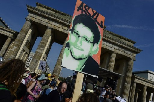 Snowden Warns Americans To Fear The Military-Intelligence Complex