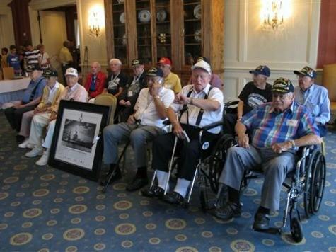 USS Indianapolis Survivors Attend Last Big Reunion