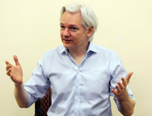 Assange 'Denies Snowden Interrogated in Russia'