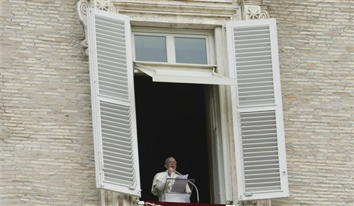 Pope Disturbed by Terrible Images from Syria