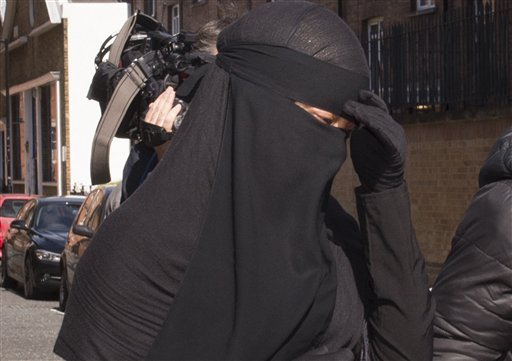 Calls for Debate on Muslim Veil Mount in Britain